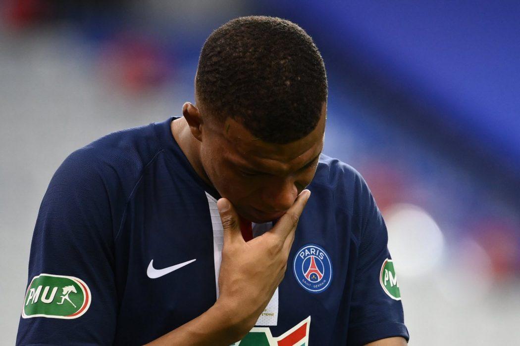 Kylian Mbappé maintient le flou sur son avenir au PSG