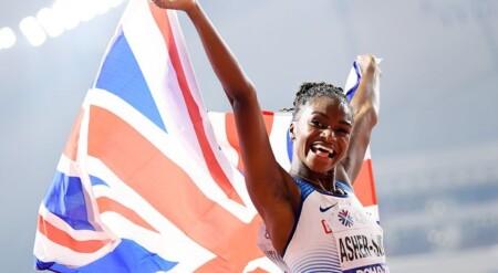 Dina Asher-Smith, championne du monde du 200 m