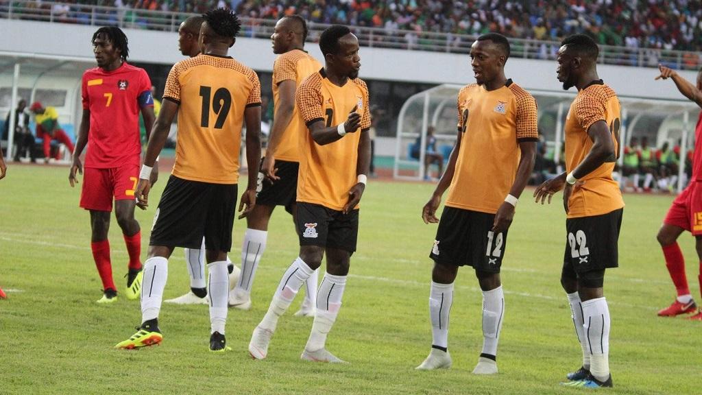 Les footballeurs zambiens vont désormais jouer sans public.