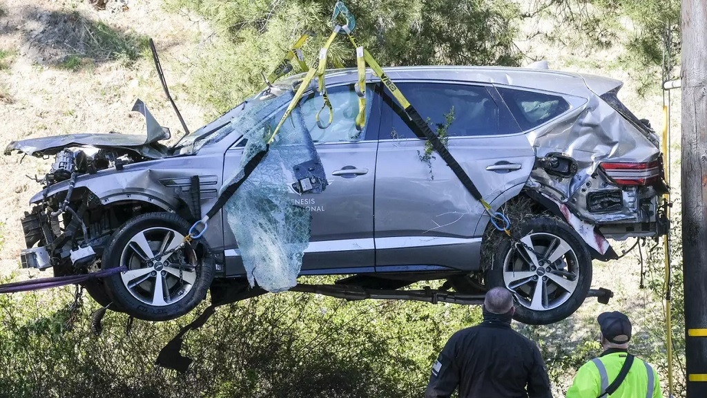 Le SUV de Tiger Woods après son accident.
