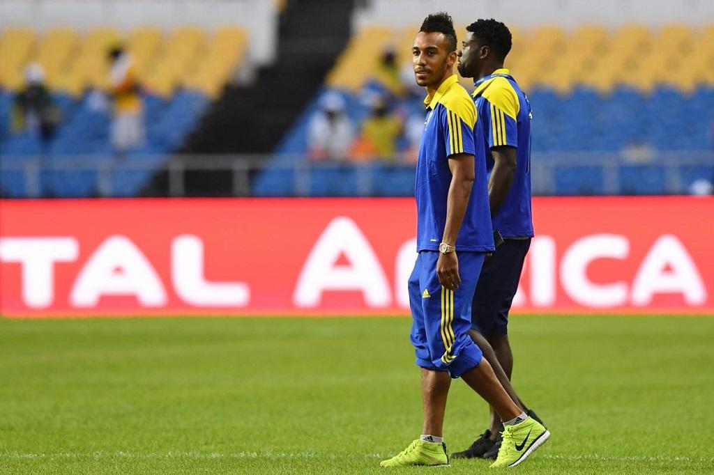Le capitaine des Panthères du Gabon Pierre-Emerick Aubameyang et le défenseur Bruno Ecuelé-Manga