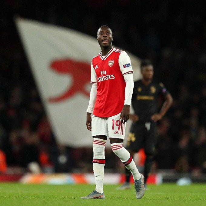 Nicolas Pepe frustré par la défaite d'Arsenal face à City