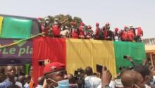 le Syli local parade dans les rues de Conakry après le CHAN