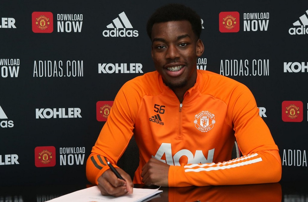 Anthony Elanga signe un nouveau contrat avec Man U.