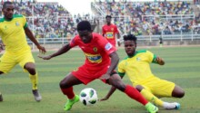 Asante Kotoko (en rouge) pourrait retrouver le fauteuil de leader de la Ghana Premier League.