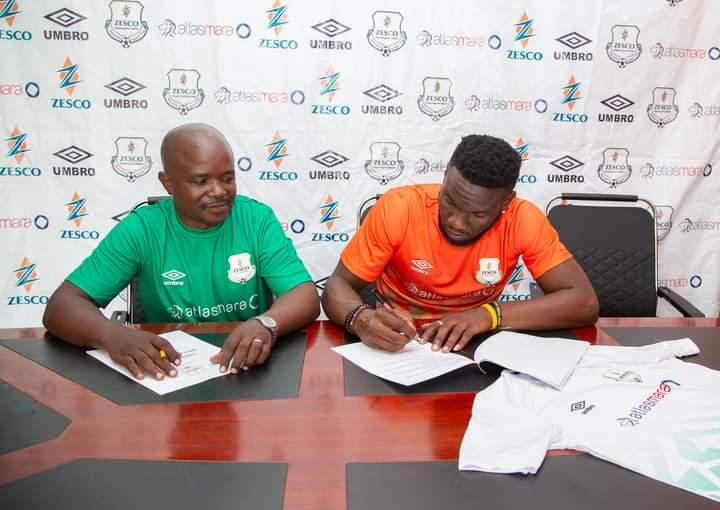 Chitiya Mususu signe à Zesco United