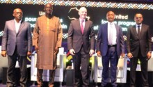 Gianni Infantino entouré de Patrice Motsepe et des trois autres acteurs du pacte de Rabat.