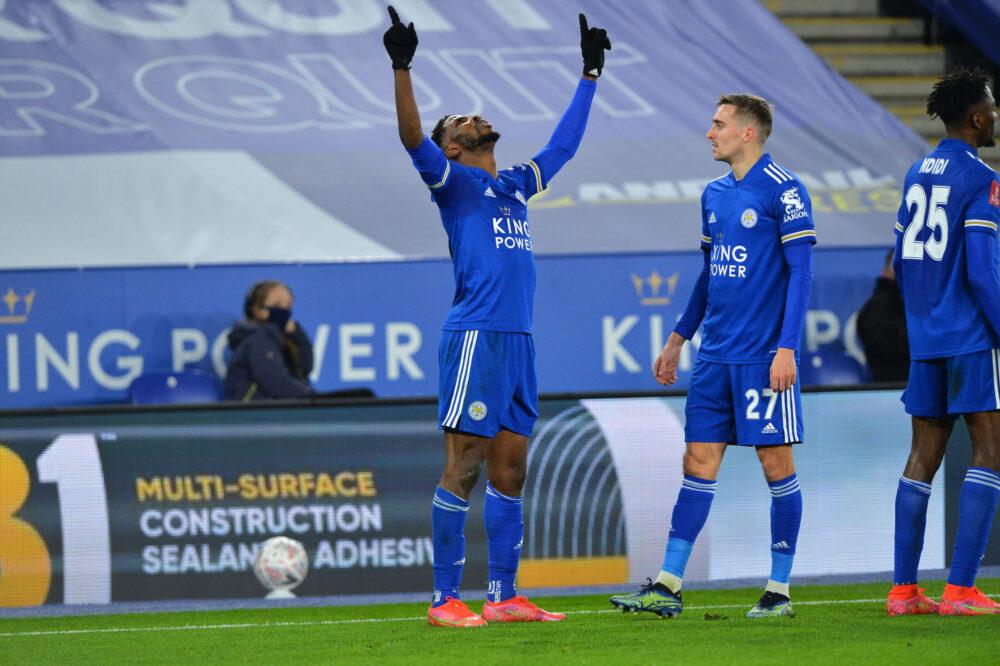 Kelechi Iheanacho remercie le Ciel après son doublé contre Manchester United