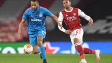 Le Brésilien Gabriel impuissant devant Youssef El-Arabi.