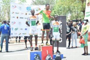 Le podium de l'arrivée de la 5e étape du Tour cycliste du Mali.