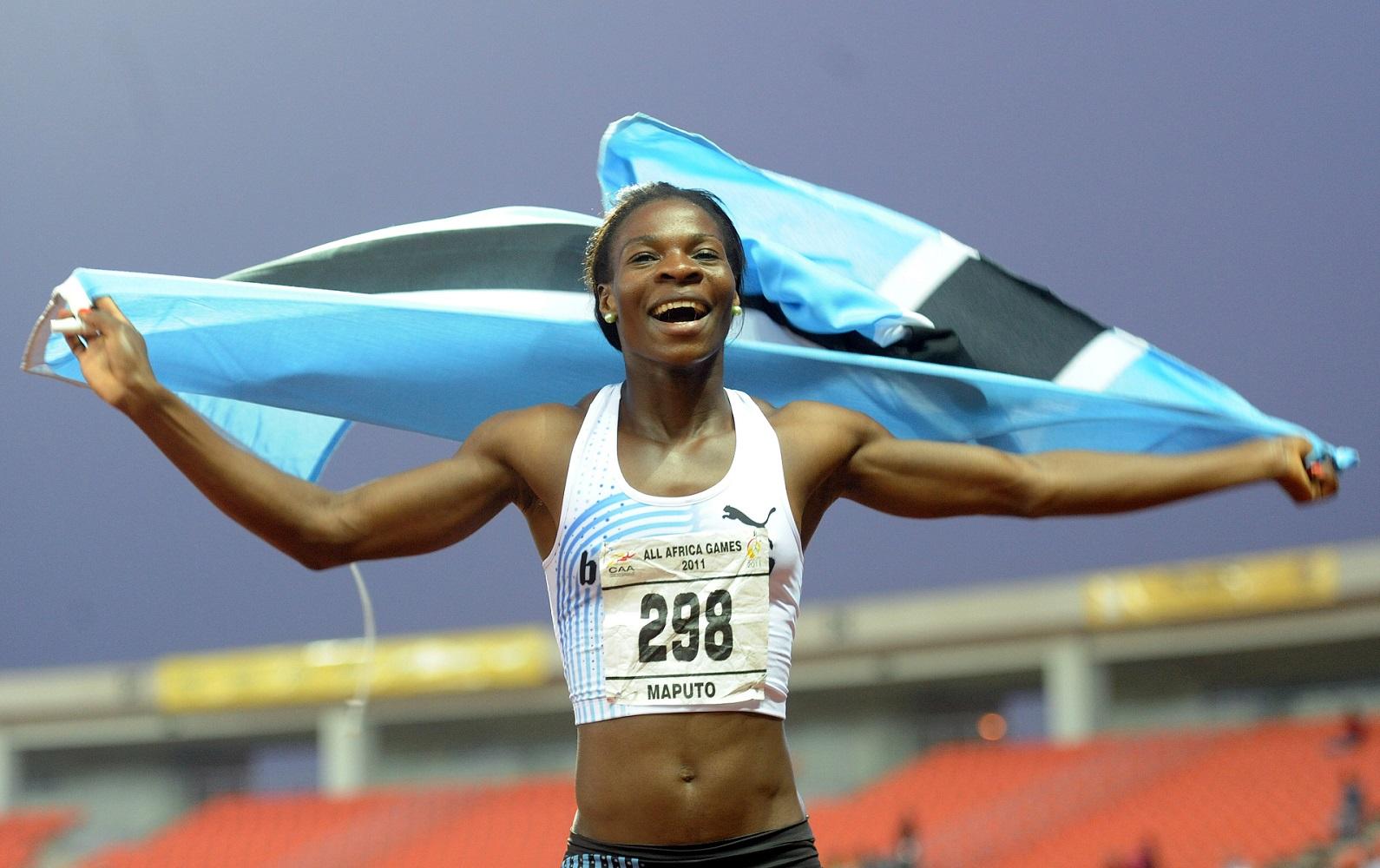 Amantle Montsho avec le Botswana aux relais mondiaux de Silésie