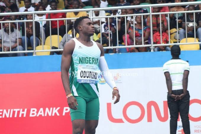 Divine Oduduru sera aux relais mondiaux avec le Nigeria