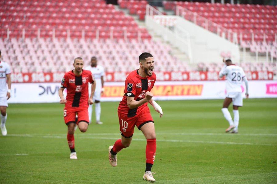 Yassine Benzia retrouve le chemin des buts 3 ans après