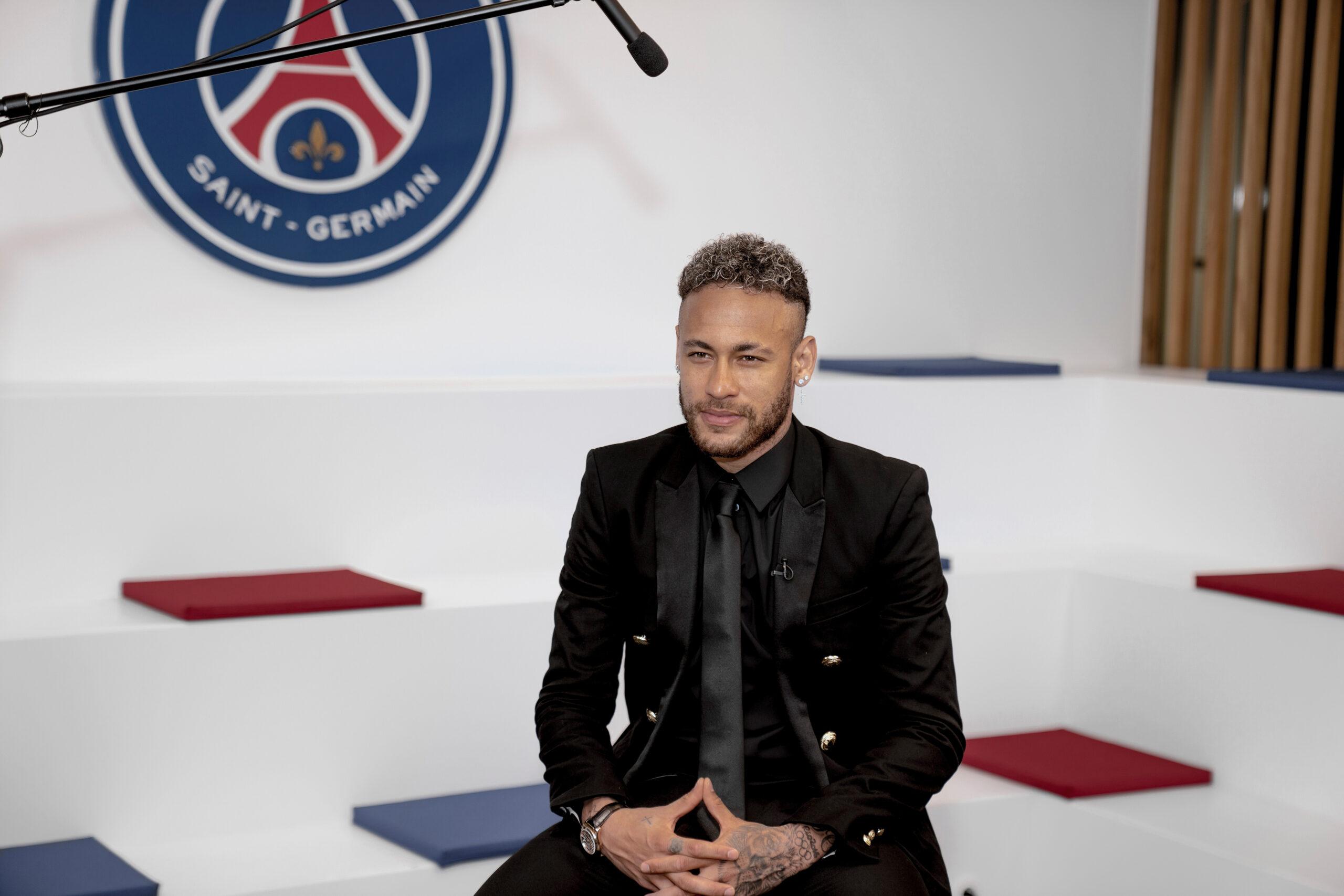Neymar vient de signer la prolongation de son contrat avec le PSG
