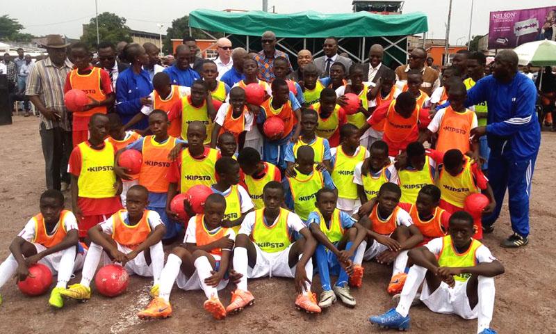 De jeunes footballeurs congolais