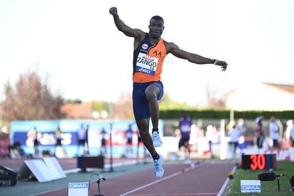 Le Burkinabè Hugues Fabrice Zango réalise la meilleure performance de l'année  sur le triple saut avec un essai à 17,67m
