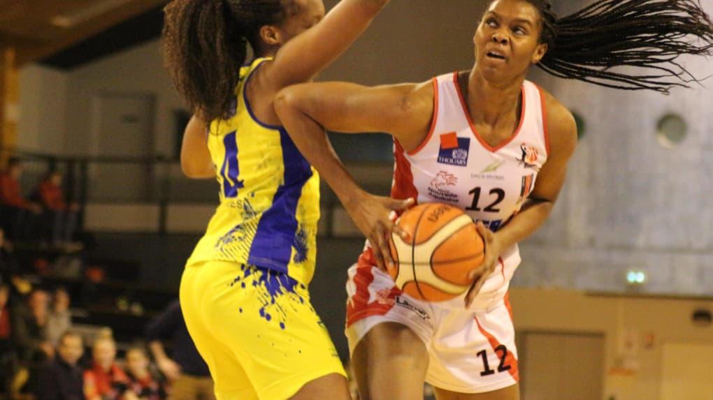 La pivot Sénégalaise Aicha Sidibé signe pour le Limoges ABC en NF1 en France