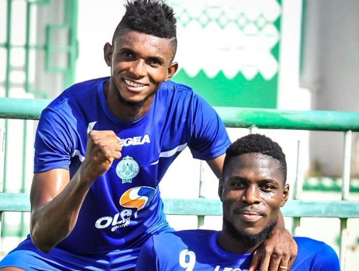 Les deux internationaux congolais Fabrice Ngoma et Ben Malango ont marqué les deux buts du Raja.