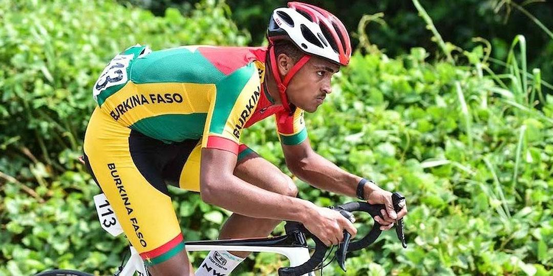 Le Burkinabé Paul Daumont au sprint.