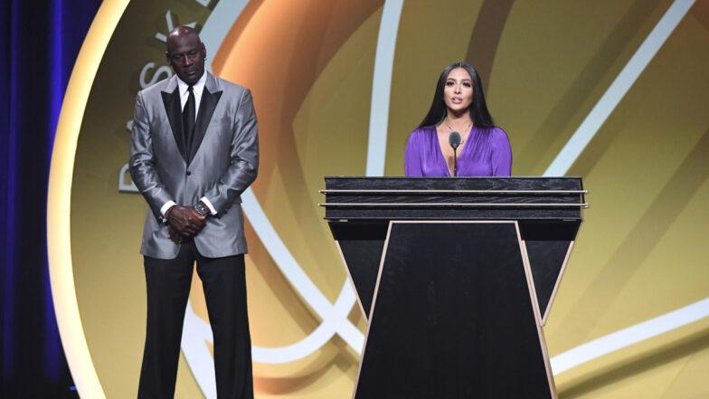 Vanessa Bryant et  Michael Jordan à l'intronisation de Kobe Bryant