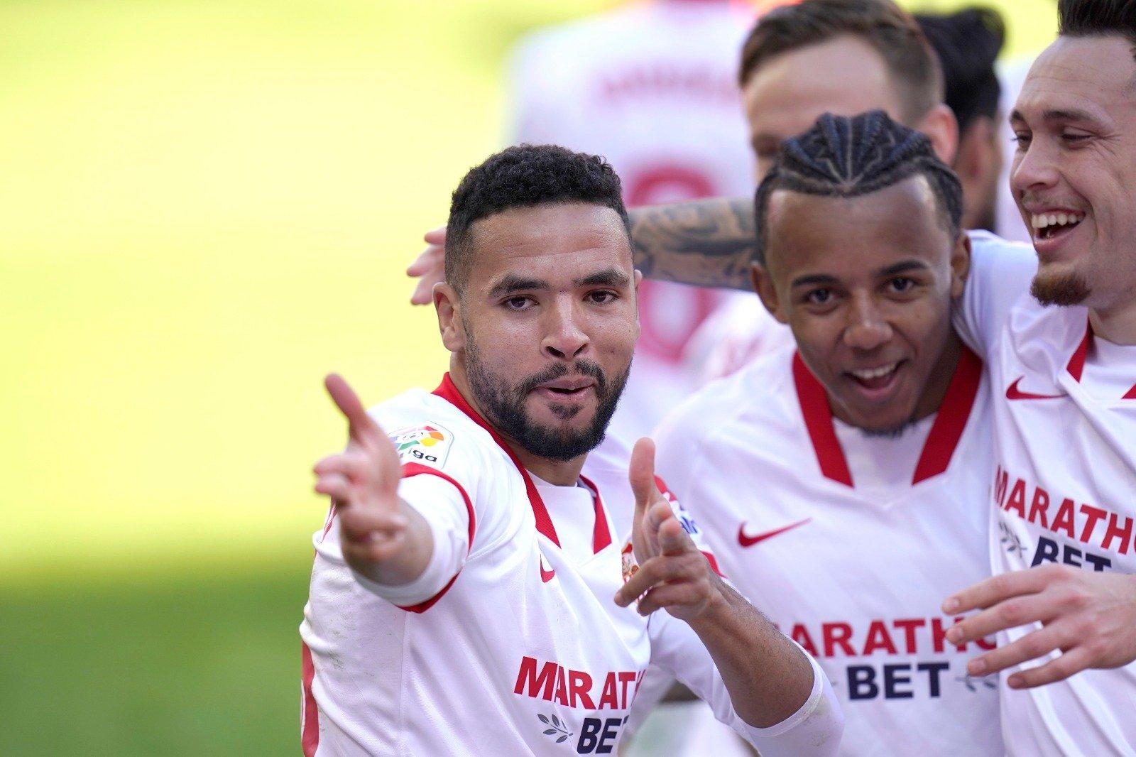 L'attaquant marocain du FC Séville, Youssef En-Nesyri (premier plan), peut jubiler. Il a réalisé une saison XXL.