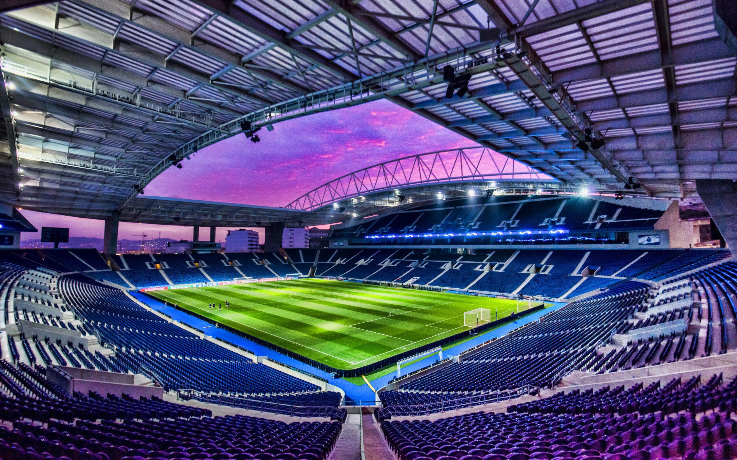 Le Stade du Dragon à Porto devrait accueillir la finale 2021 de la Ligue des champions.