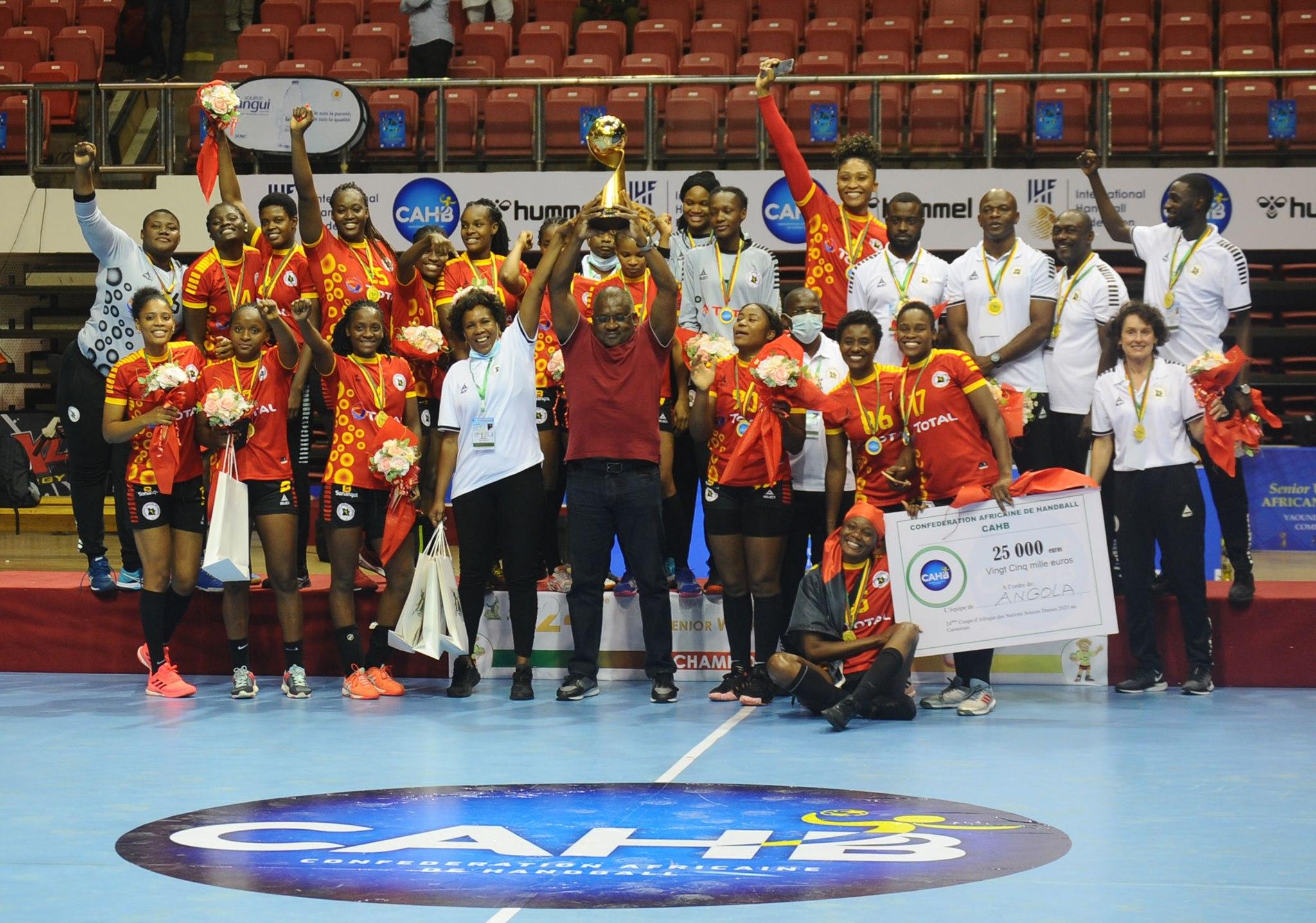 Les handballeuses angolaises sur le toit de l'Afrique.