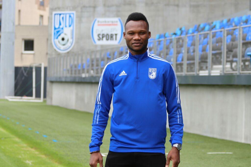 Le Beninois Désiré Segbe Azankpo signe pour 2 ans àDunkerque en Ligue 2.
