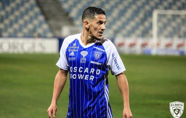 Le Tunisien Chaouki Ben Saada prolonge d'un an à Bastia.