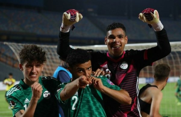 Les Algeriens U20 se qualifient pour les demi-finales de la Coupe Arabe grace à un double arret du gardien NabilOuennas