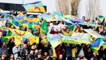 Les supporters de la JS Kabylie un des clubs les plus populaires d'Algérie