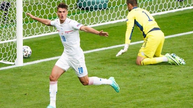 Patrik Shick (République tchèque), double buteur contre l'Ecosse (2-0).