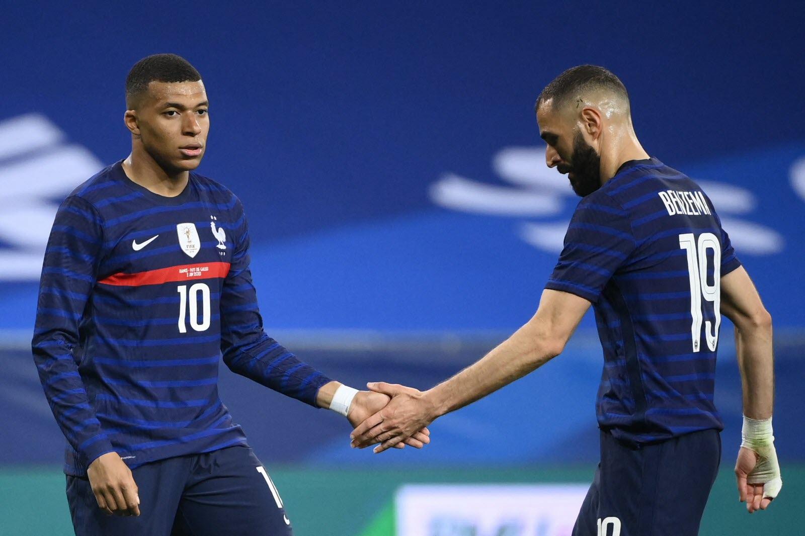 Benzema, auteur de 4 buts, n'a pas transmis sa réussite à Mbappé (10) durant le parcours des Bleus à l'Euro 2020.