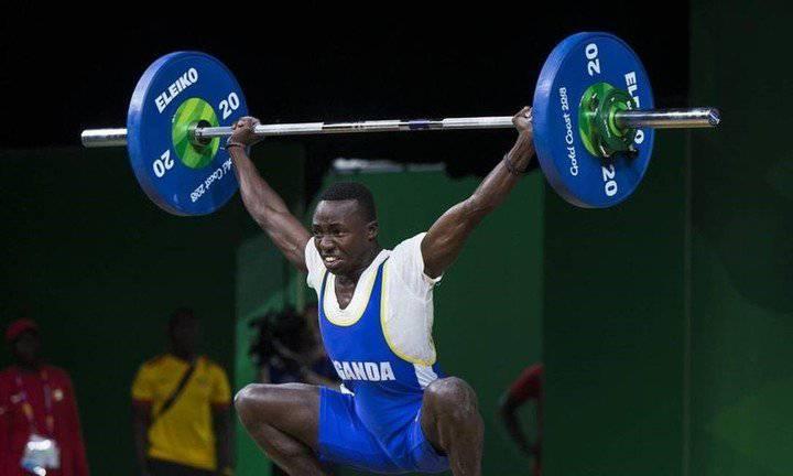 L'haltérophile ougandais Julius Ssekitoleko est retrouvé 4 jours après sa disparition au  Japon.