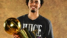Le Nigérian Jordan Nwora champion NBA 2021