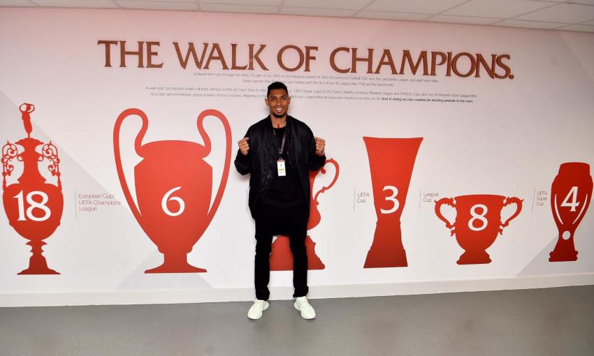Wayde van Niekerk visite Anfield en 2019