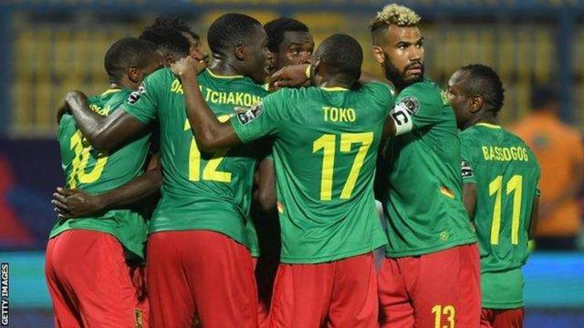 Les Lions indomptables du Cameroun.
