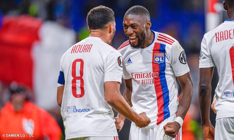 Toko Ekambi tout content d'avoir offert à Aouar son 1er but de la saison